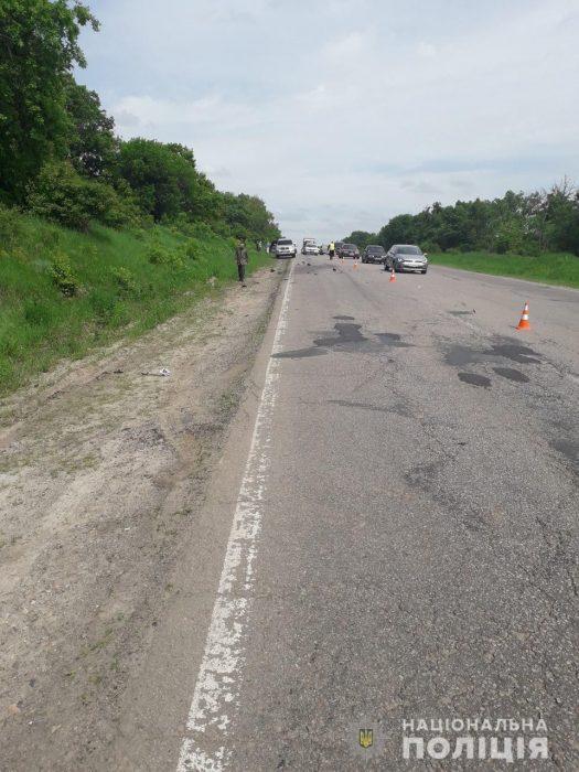 В автокатастрофе под Харьковом один человек погиб и еще двое получили травмы