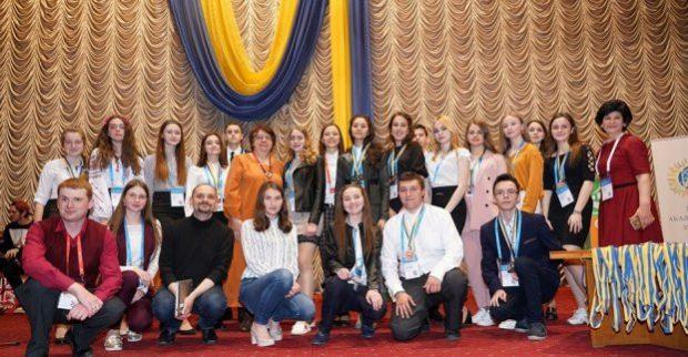 Харьковские школьники победили на Всеукраинском конкурсе-защите научных работ