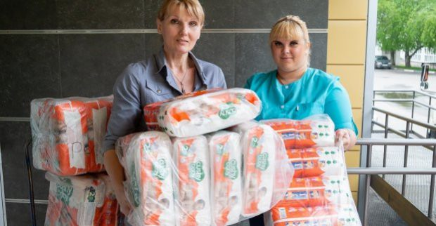 Харьков получил благотворительную помощь для новорожденных