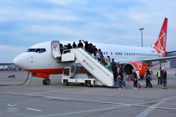 Возобновлены перелеты из Харькова в Барселону