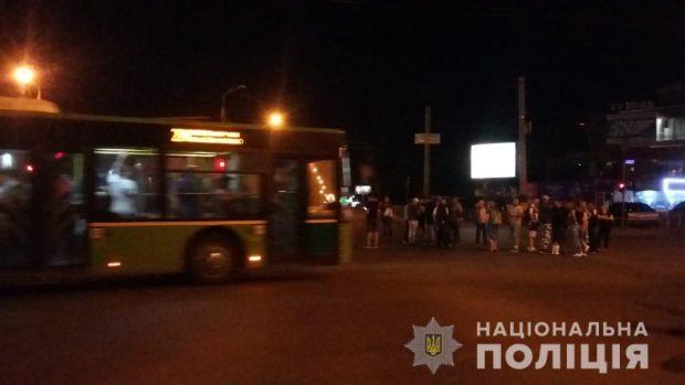Полицейские Харькова открыли уголовное производство по факту конфликта на территории ТЦ «Барабашово»