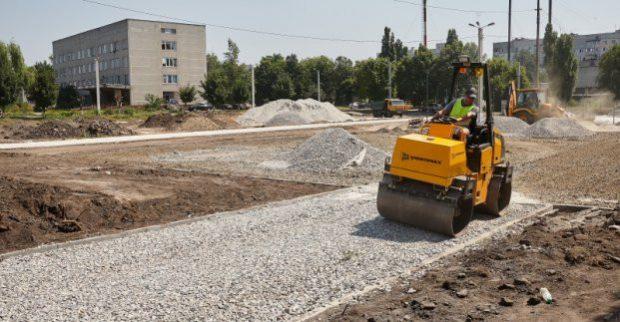 В Харькове продолжается реконструкция школьных стадионов