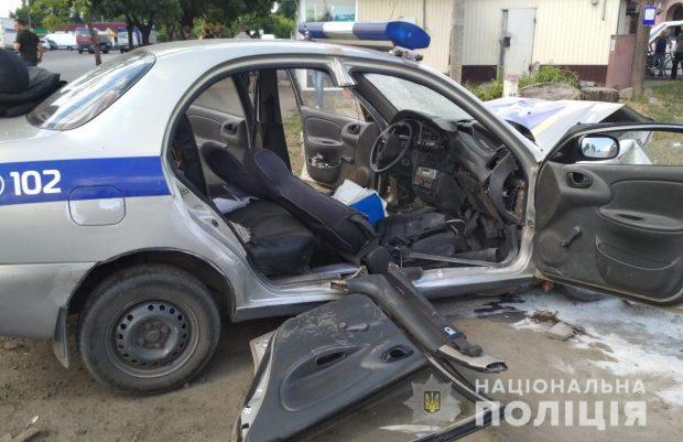 Под Харьковом в результате аварии пострадали полицейские