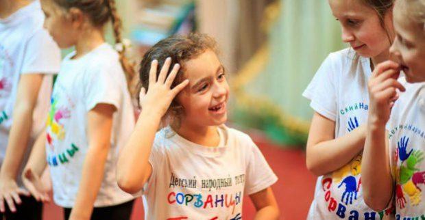 На подиум «Kharkiv Fashion» выйдет детский театр