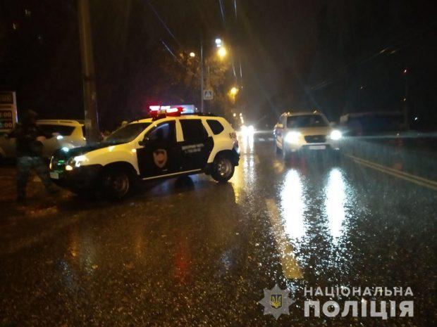 В Харькове автомобиль сбил пешехода