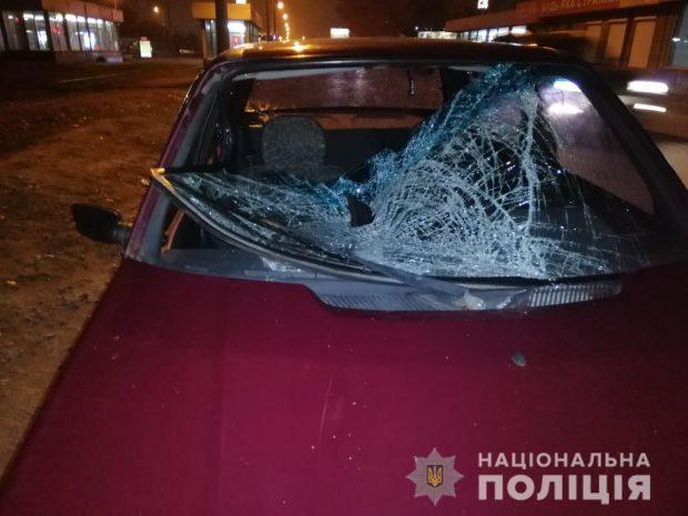 На Салтовке на пешеходном переходе сбили девушку