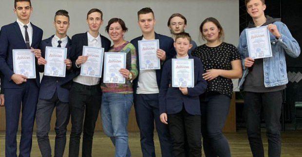 Харьковские школьники победили на всеукраинском турнире юных изобретателей