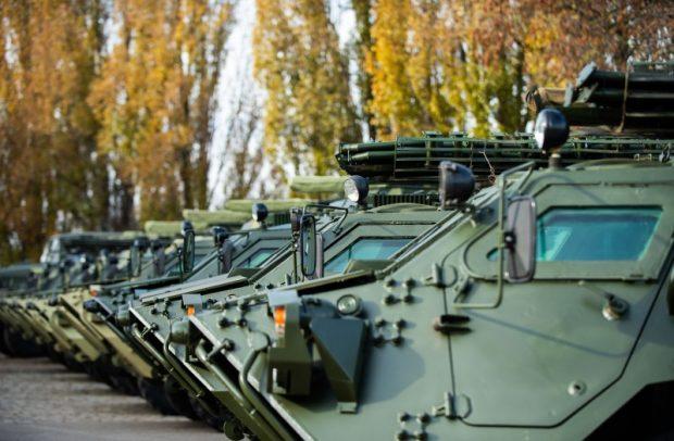 Зеленский поставил задачу продлить срок выполнения контракта с ХКБМ на изготовление 45 бронетранспортеров